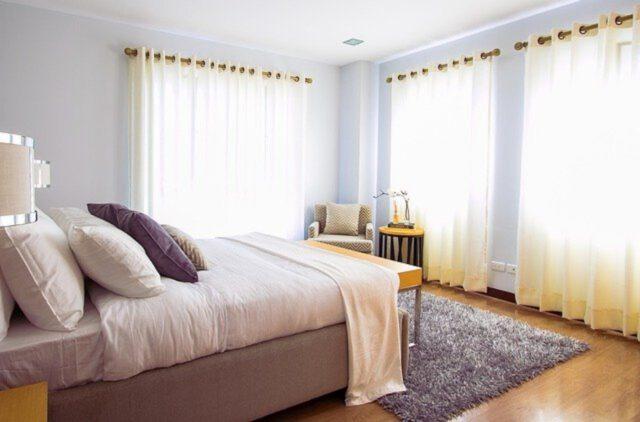 Jak dobrać dodatki do sypialni?